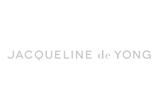 JAQUELINE DE YONG